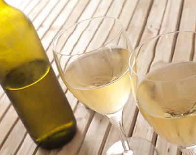 White Wine Bottle & Glasses